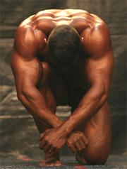 Gain de masse musculaire, apport en protéines : que penser des produits commercialisés ?