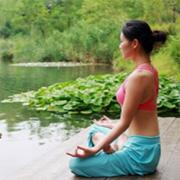 Le Qi Gong est une gymnastique douce qui consiste à faire circuler l'énergie du corps.