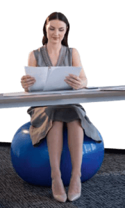Utiliser un ballon Suisse comme siège de bureau
